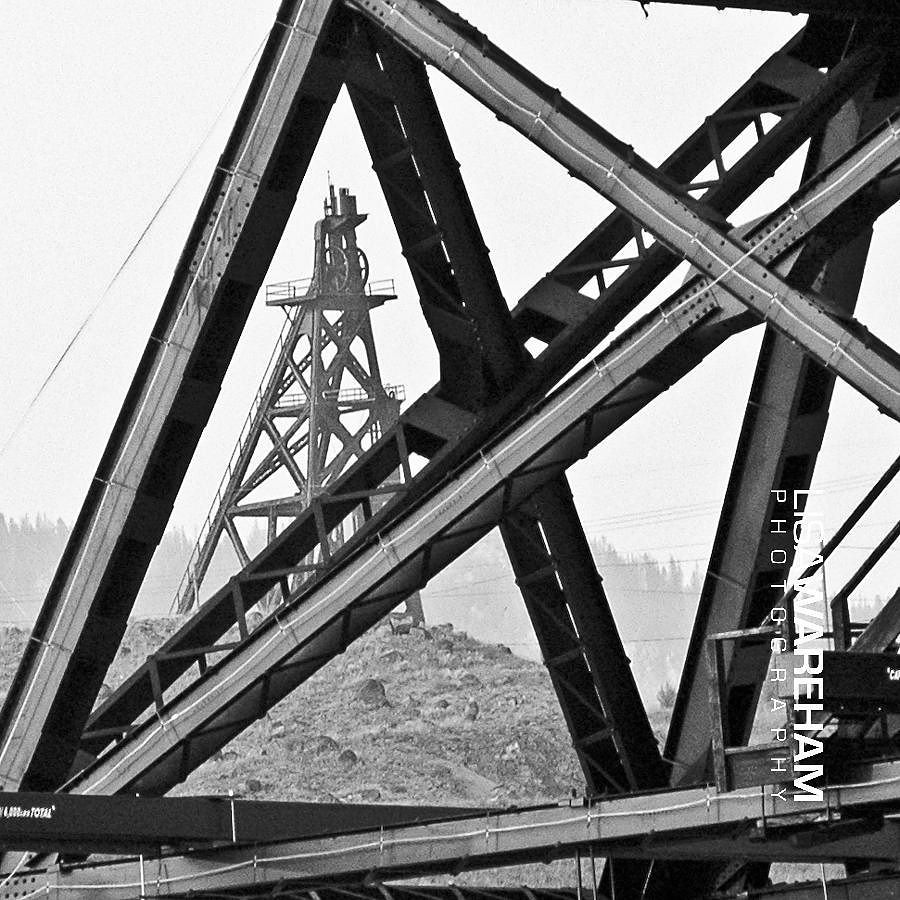 geometry-headframe-butte