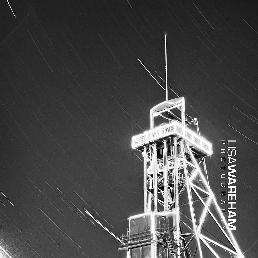 headframe-star-trails
