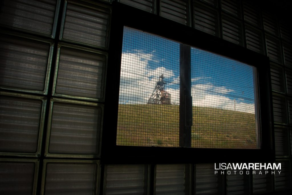 headframe-through-thick-glass